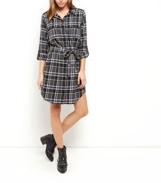 Opt for a more casual take on work wear styles with this check print shirt dress - ideal finished with ankle boots to finish.  - All over check print - Collared neck - Double pocket front - Button front fastening - Roll sleeves - Tie waist - Casual fit