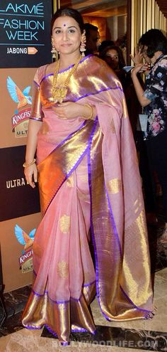Lakme Fashion Week Day Shraddha Kapoor, Riteish Deshmukh and Vidya Balan turn ramp-scorchers! Bollywood Saree, Indian Bollywood, Bollywood Fashion, Indian Attire, Indian Ethnic Wear, Indian Dresses, Indian Outfits, South Indian Sarees, Vidya Balan