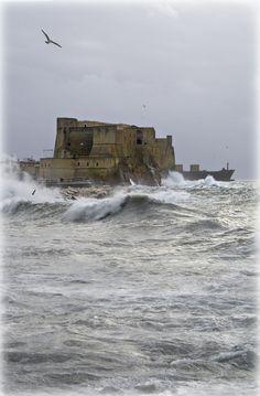 Castel dell'Ovo - Naples. 40°50′00″N 14°15′00″E