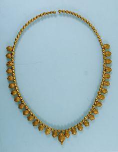 Necklace Gold, L 33 cm Imereti, Vani Museum Museum of Georgia Collection Archaeology Period 5th century B.C.