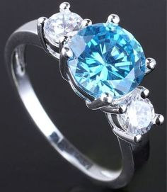 'Gorgeous Blue/White Topaz Ring Size 8' is going up for auction at  9am Wed, Nov 7 with a starting bid of $5.