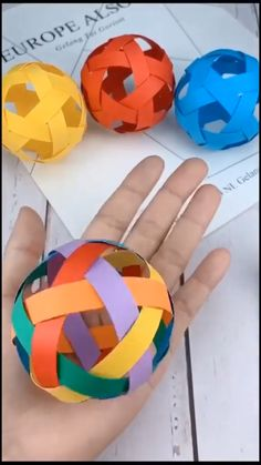 Cool Paper Crafts, Diy Crafts To Do, Diy Crafts Hacks, Diy Craft Projects, Diy Paper, Easy Crafts, Craft Ideas, Creative Crafts, Paper Crafting