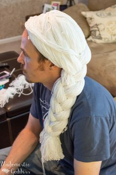 DIY Elsa Frozen Wig from a knit cap and yarn