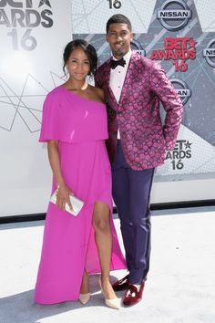 Get the Look: Faune A. Chambers in a brilliant fuchsia one-shoulder gown at the 2016 BET Awards! Celebrity Red Carpet, Celebrity Style, Pink Dress, Peplum Dress, Hot Black Women, One Shoulder Gown, Bet Awards, White Carpet, Black Families