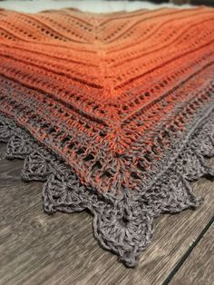 Most recent Free of Charge Crochet poncho chal Ideas Häkelanleitung Dreieckstuch NOFA Crochet Mug Cozy, Easy Crochet, Free Crochet, Crochet Poncho Patterns, Crochet Shawl, Knit Crochet, Blanket Patterns, Make And Do Crew, Crochet Instructions