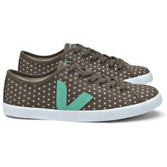 Veja Taua Fair Trade Organic Cotton Canvas Trainers (88 AUD) ❤ liked on Polyvore featuring shoes, sneakers, rubber sole shoes, veja shoes, plimsoll sneaker, plimsoll shoes and canvas sneakers