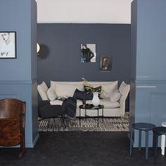 #mulpix Fra dagens presselansering. LADY 4477 Deco Blue som vi har malt den bakerste veggen med ble veeeeldig godt mottatt  I front har vi malt med den vakre LADY 4638 Byge. Ps. De første fargekartene er snart i butikk. I morgen kan du bestille det på jotun.no  #jotunlady2016  #nyttfargekart  #maling  #jotun  #inspirasjon  #trender  #maling  #ladydecoblue