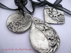 lady with the red rocker: salt dough pendants Clay Jewelry, Jewelry Crafts, Handmade Jewelry, Jewlery, Funky Jewelry, Clay Crafts, Crafts To Make, Red Rocker, Salt Dough Crafts