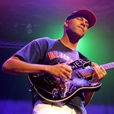 Tom Morello Guitarist of Rage Against The Machine Guitar Guy, Guitar Players, Good Music, My Music, Tom Morello, Guitar Riffs, Best Guitarist, Kill Switch, Rage Against The Machine