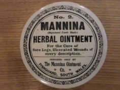 Large Mannina ointment pot lid  no2
