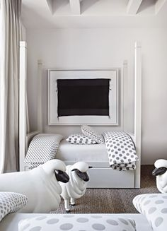 The perfect kids room without using blue or pink by via . Atlanta Homes, Interior Design Studio, Kid Spaces, Kids Bedroom, Kids Rooms, Bedroom Ideas, Childrens Rooms, Beautiful Bedrooms, Boy Room