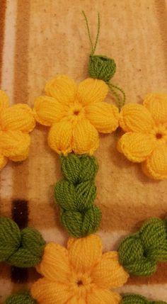 Knitting Videos, Crochet Fashion, Crochet Doilies, Crochet Projects, Crochet Necklace, Throw Pillows, Flowers, Crochet Flowers, Towels