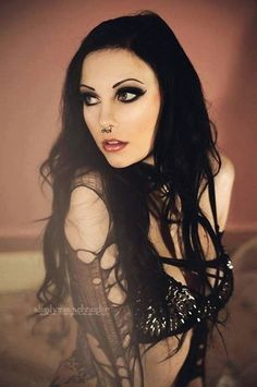 Hot Photos of Model Vipers Doll - Gothic Life Goth Beauty, Dark Beauty, Gothic Girls, Punk Girls, Bad Girls, Gothic Lingerie, Steam Girl, Steam Punk, Gothic Makeup
