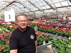 Welcome to the team, David Jewell! David is our newest regional sales manager and has extensive floriculture & sales experience. Find out more about David in our sit-down interview