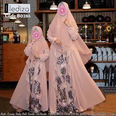Hijab Skirt, Hijab Abaya, Hijab Wedding, Niqab Fashion, Target Dresses, Brokat, Kebaya, Muslim, Kimono Top