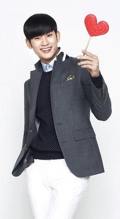 Kim Soo Hyun on ZioZia #김수현 (HD)