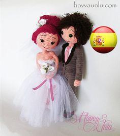 PATTERN Bride and Groom crochet amigurumi by HavvaDesigns on Etsy Crochet Doll Pattern, Crochet Patterns Amigurumi, Amigurumi Doll, Crochet Dolls, Crochet Gifts, Love Crochet, Beautiful Crochet, Crochet Mignon, Wedding Doll
