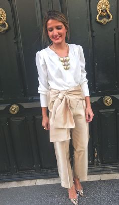 Look Fashion, Timeless Fashion, Fashion Outfits, Womens Fashion, Office Outfits, Stylish Outfits, Fiesta Outfit, Mode Chic, Elegant Outfit