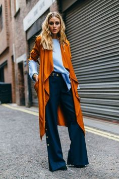 Street Style | outfit inspiration | minimal outfit | styling | layers | olivia palermo | orange maxi cardigan | wideleg pants | colour block @monstylepin