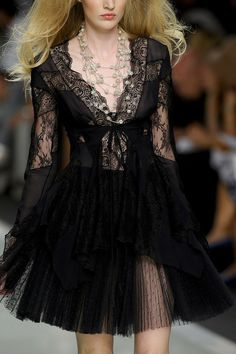 Roccobarocco Spring 2012. Uh, makes me think about webs, spiders, darkness... Baroque Elegance!