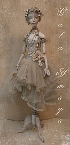 This doll is beautiful.  The monotone coloring is perfect to show off all of the details.  Wonderful body and costuming.