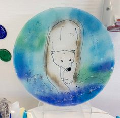 Fused glass - big plate - 37 cm - with polar bear