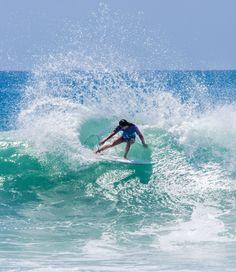 Malia Manuel slashing a freesurf for 2015 #SwatchWomensPro Photo: Lieber