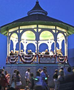 Martha's Vineyard Bandstand Lovely evening concerts & community