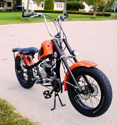 Photos of custom motorized bicycles.See OCC Schwinn Stingray choppers we've motorized.Also rat rods & cruisers, e-bikes or ones with gas and electric motors. Motorized Bicycle, Bmx Bicycle, Motorcycle Bike, Gas Powered Bicycle, Mongoose Mountain Bike, Bicycle Engine Kit, Tricycle Bike, Motorised Bike, Gas And Electric