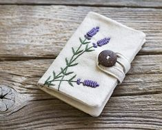 Linen and Cotton Wallet with Hand Embroidered Lavender Flowers, Lavandula angustifolia Credit Card Holder, French Country Organizer Embroidery Bags, Embroidery Stitches, Embroidery Patterns, Pochette Diy, Flower Sunglasses, Sunglasses Case, Diy Wallet, Card Wallet, Handmade Wallets