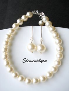 Pearl Necklace, Classic style, Swarovski pearls, Simple jewelry, Bridal necklace, Wedding jewellery,