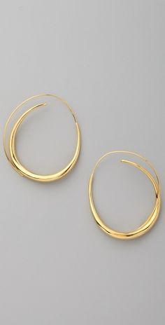 love all-in-one hoops. no worrying about losing backs.