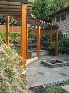 Would you like to have a beautiful pergola built in your backyard? You may have a lot of extra space available for something like this, but you'll need to focus on checking out different pergola plans before you have anything installed. Pergola D'angle, Hot Tub Pergola, Pergola On The Roof, Curved Pergola, Steel Pergola, Pergola Attached To House, Pergola Lighting, Wooden Pergola, Covered Pergola