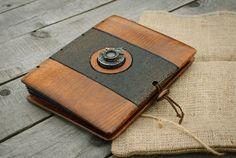 Unique steampunk wooden  photo album with an antique 1929 Voigtlander shutter / made to order