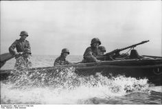 German soldiers on an assault motorboat. Russia, 21 June 1942.