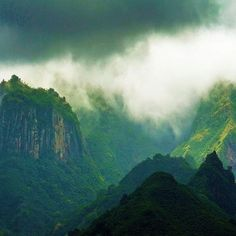 They should have filmed ʻAvatarʻ here. Marquesas Islands.