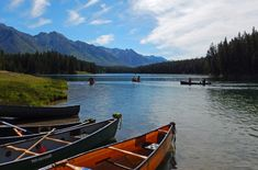 8 Jaw-Dropping Paddles to Explore in Banff National Park | Banff & Lake Louise Tourism
