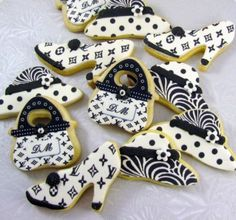 Shoes, purses, hats.. these are my kind of Cookies!