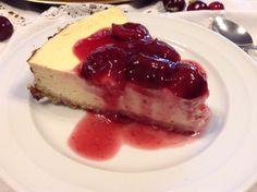 Panelinha de Sabores: Cheesecake clássico no forno com Calda de cereja (...