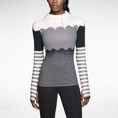 Nike Pro Hyperwarm Engineered Print Women's Training Hoodie. Nike Store www.smartypantscorp.com