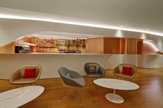 Virgin Atlantic Clubhouse At LAX - Picture gallery