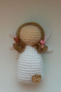 Written pattern including pictures and schemes for this cute Little Angel Lavender - a nice decoration for your home, office… or just a little talisman. The finished angel is about 8 cm tall.