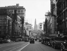 Old New York City - Broadway - 1934