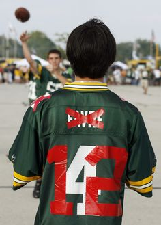 haha. Old Favre #4 jersey turned in to Rodgers #12.