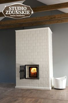 If you are looking to give your room a focal point or something to highlight it, look no further than the fireplace mantel that's already there. Many tend to leave their fireplace mantels bar… Stove Fireplace, Fireplace Design, Antique Fireplace Mantels, Rocket Stoves, Selling Your House, House Design, Interior Design, Foyer, Home Decor