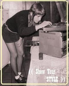 ... Stupefaction ...: Skinhead chicks dig vinyl