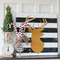 DIY Glitter Reindeer Art......so fun and quirky!