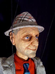 loutka Davida Vávry pro cyklus dokumentů Šumná města Film, Hats, Fashion, Movie, Moda, Movies, Film Stock, Hat, Fashion Styles