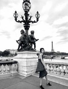 Zlata Mangafic - Harper's Bazaar 2015 December Couture és Párizs nevezetességei egy fotósorozaton! -> http://www.fashionfave.com#utm_source=pinterest&utm_medium=pinterest&utm_campaign=pinterest