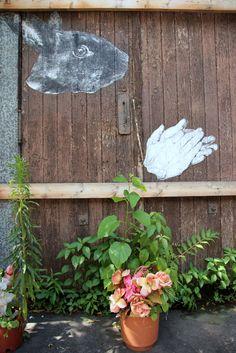 Gaia, Bunny Hands, NYC - unurth | street art